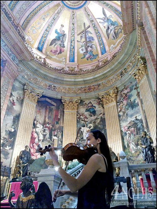 Violín Ceremonia Religiosa